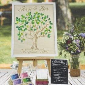 Arbol de huellas para bodas
