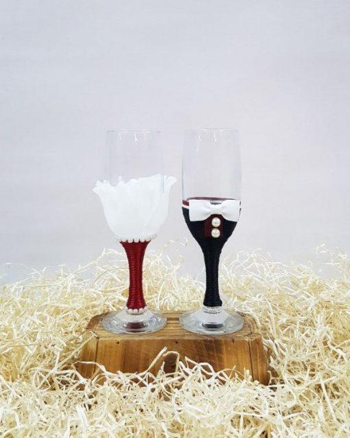 Copas decoradas para brindar en una boda
