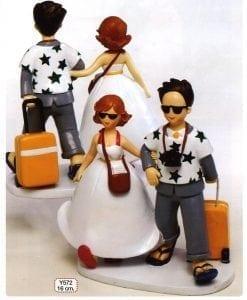 Figura para pastel novios viajeros luna de miel 19cm.